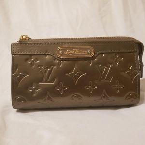 Louis Vuitton Monogram Leather Vernis Pouch/Case